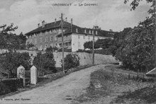 Le couvent de Groissiat datant de 1856